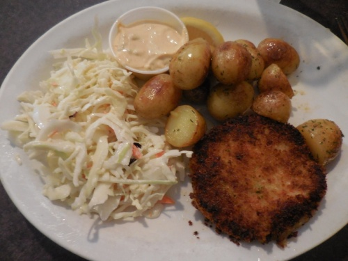 Dolly's crab cakes - yum