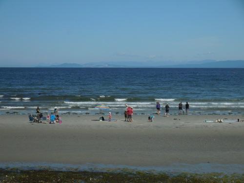 Beach life in Qualicum 3