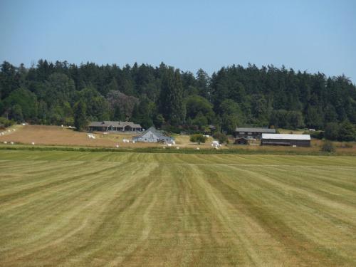 Pathside farm