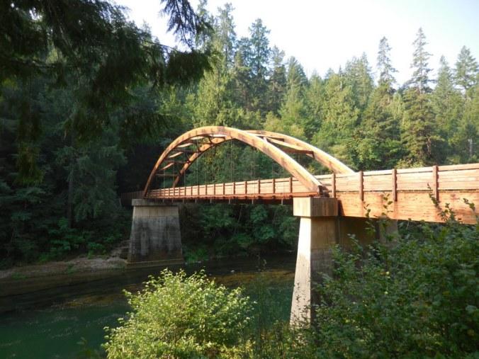 North Umqua River bridge - gluelam 1