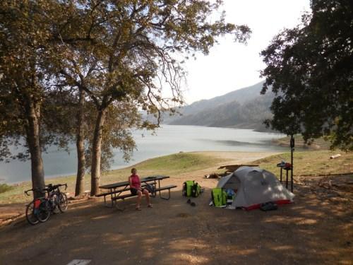 Camp at Pine Flat Lake