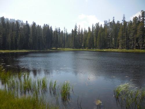 Unnames lake