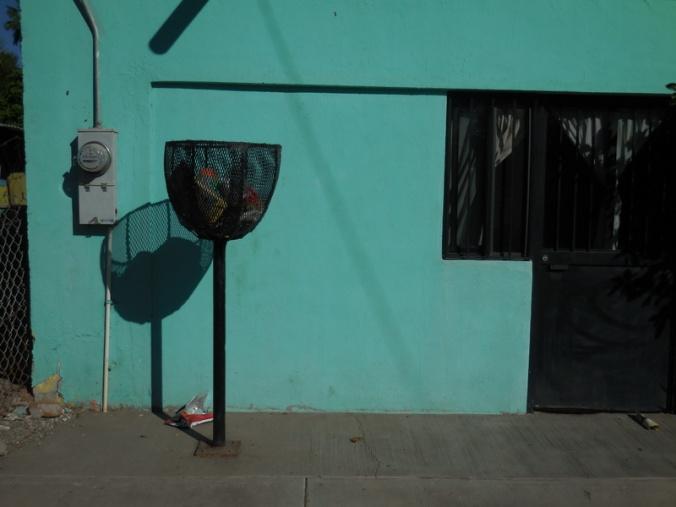 Loreto trash bins 1
