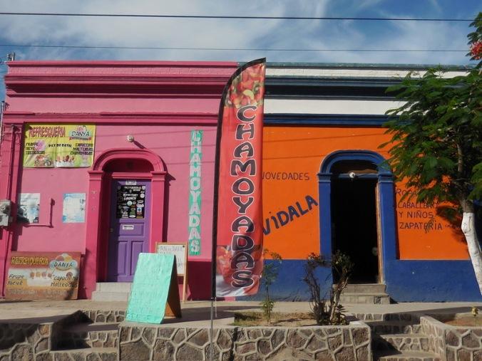 San Ignacio shops