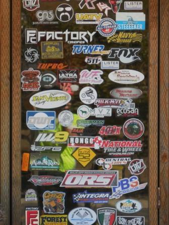 Sticker door 1