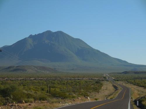 Volcán tres virgenes 1