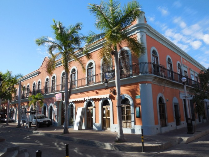 Mazatlan oldtown buildings 25