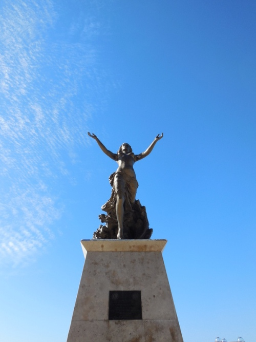 Monumento a la Mujer Mazatleca 2