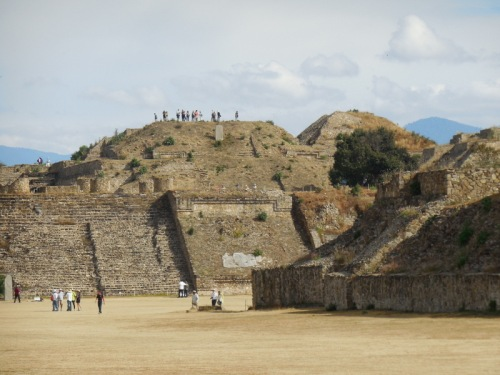 Monte Alban looking north 3