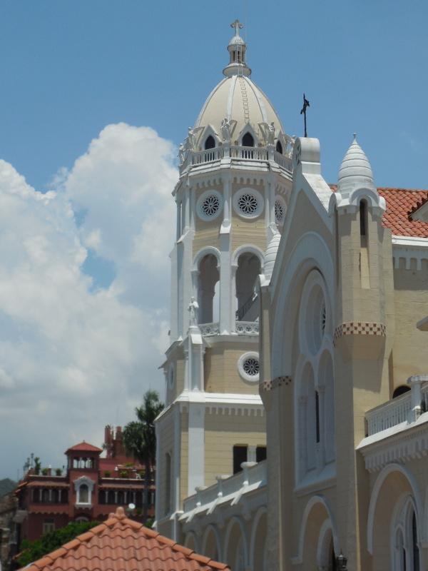 Church view outside 3