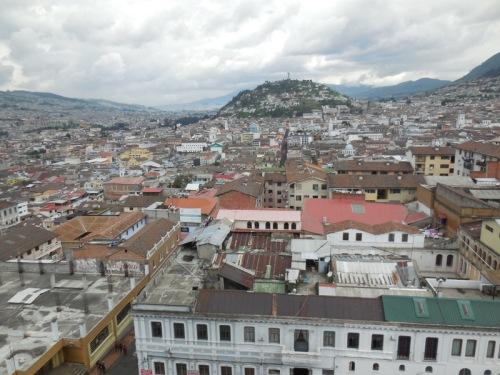 Quito skyline 1