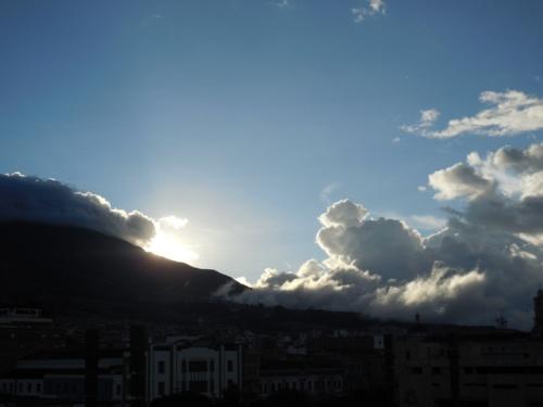 Sun over Galeas
