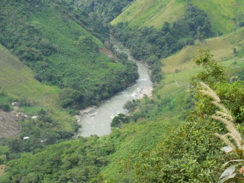 Andes river 1