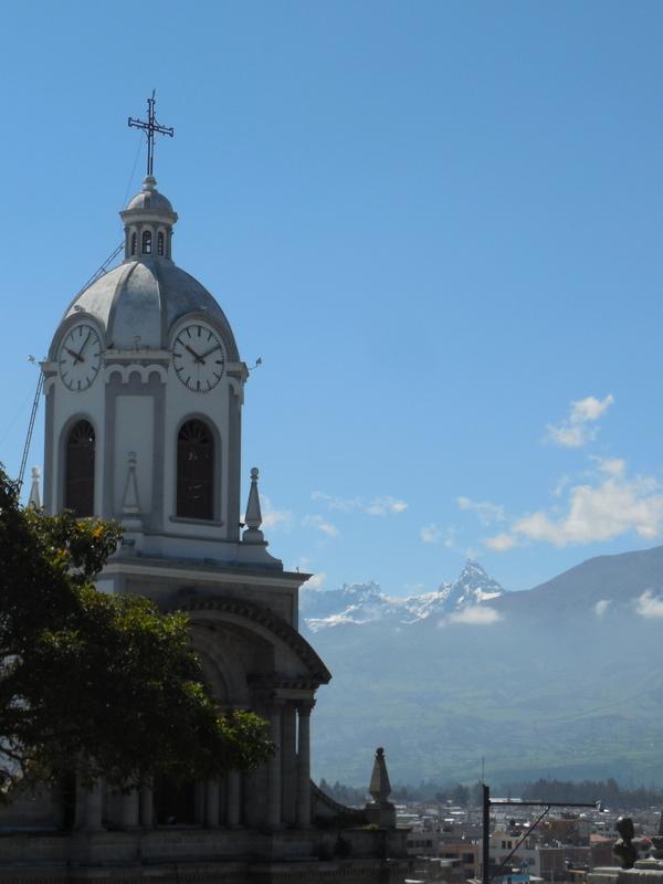 Church San Antonio and El Altar 1