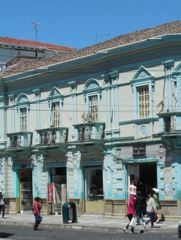 Riobamba colonial architecture 9