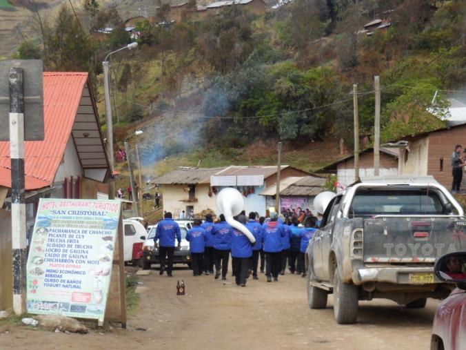 Band blockng road 2