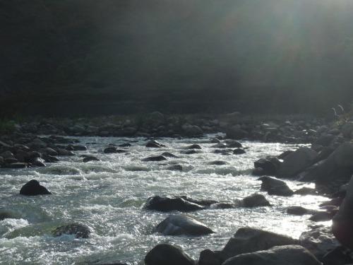 Brekkie by the river (2)