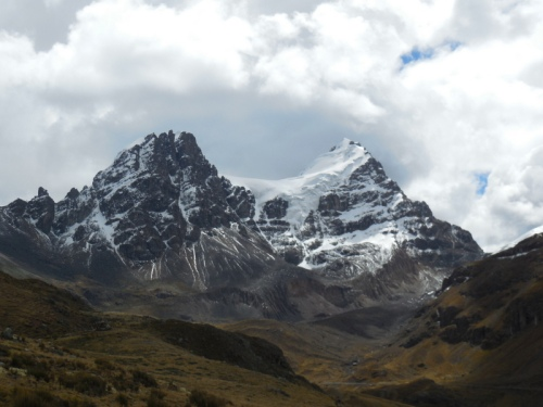 Cordillera Banca Mountains 15