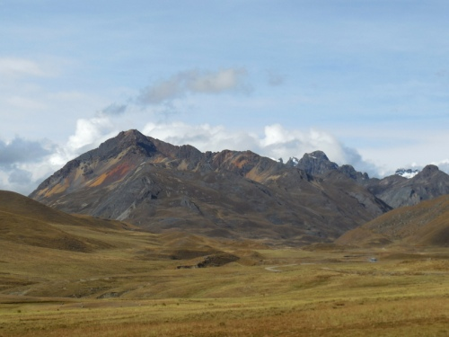 Cordillera Blanca Mountain 4