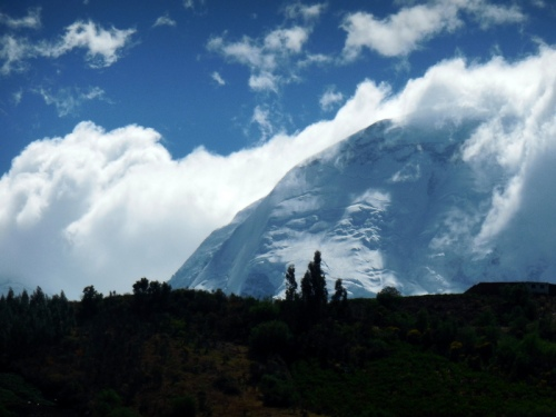 Cordillera Blanca Mountain view 3
