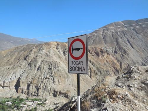 Honk horn sign 3