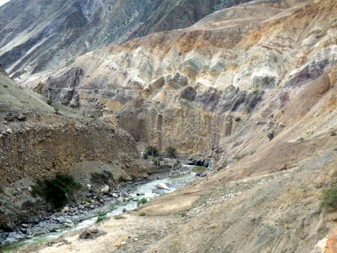 Tablachaca River canyon 7