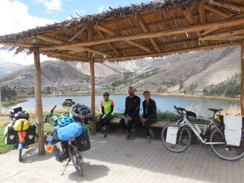 Early lunch looking over Urcos Lake