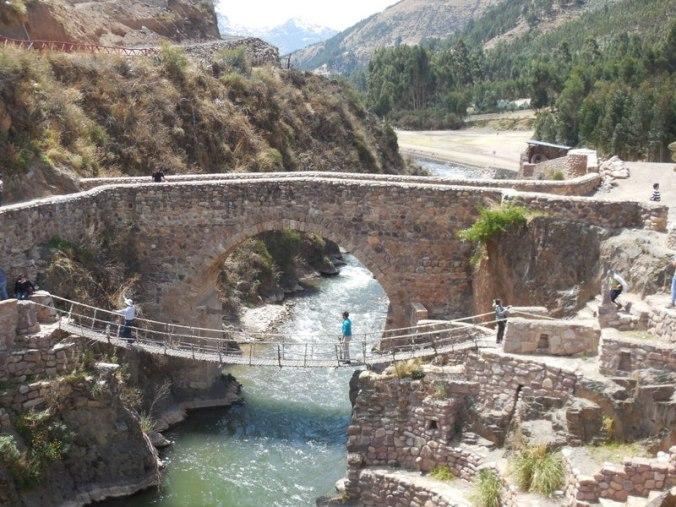 Inca and colonial bridges