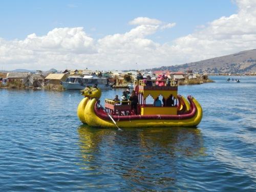 Island reed boat 2