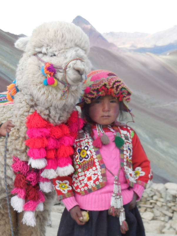 Kids at Rainbow Mountain-001
