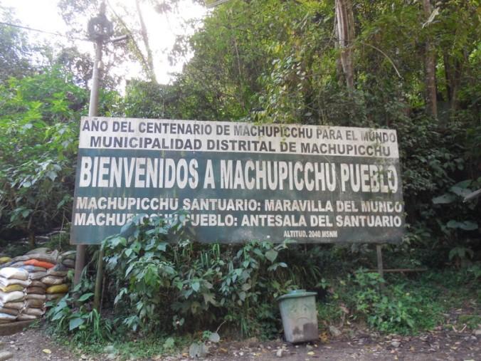 Machu Picchu sign 1