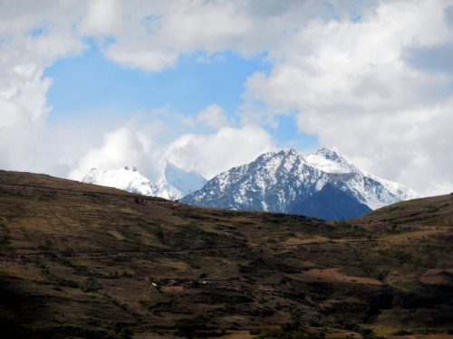 Mountains west of Curahuasi 9