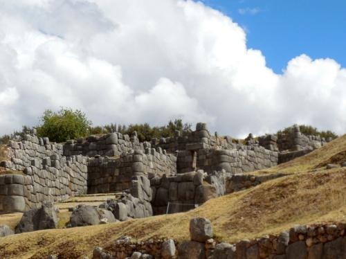 Sacsayhuamán walls 1