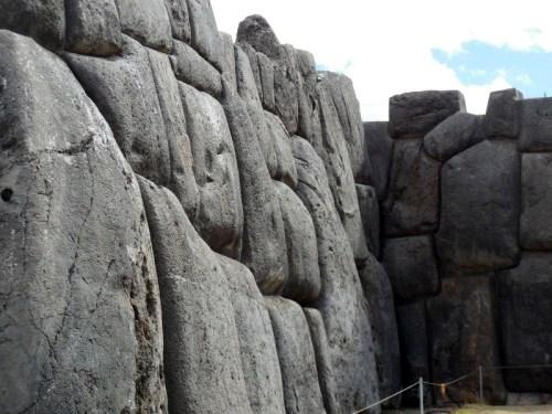 Sacsayhuamán walls 13