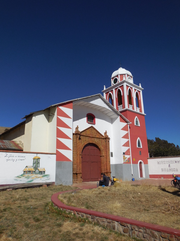 Huarina church 1
