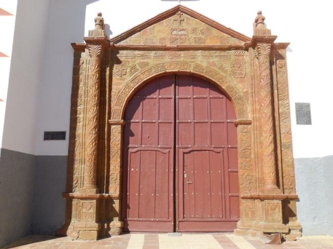 Huarina church 4