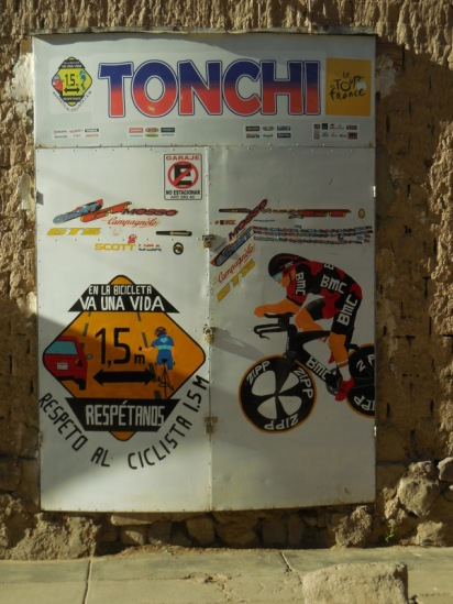 Tonchi bike shop Tupiza 1 (2)