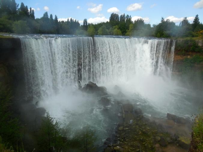 Salto del Laja falls 4