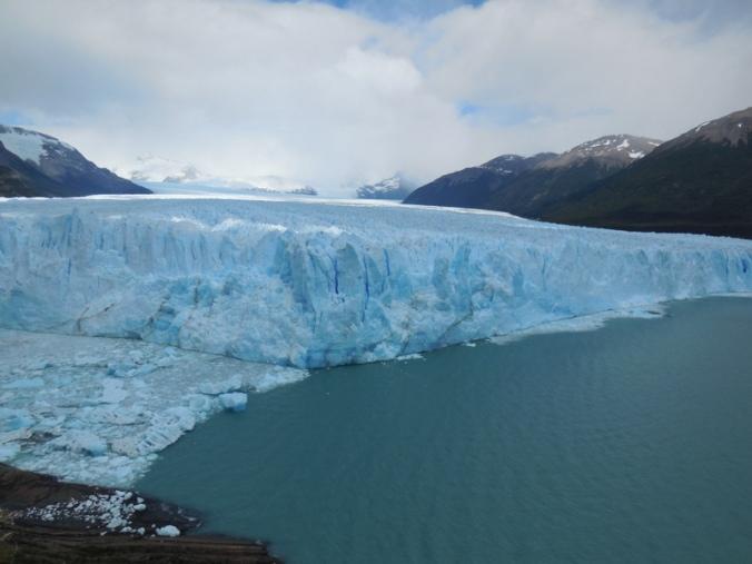 Glacier Perito Moreno in action 1