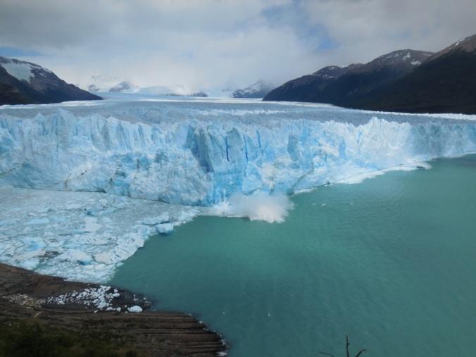 Glacier Perito Moreno in action 2