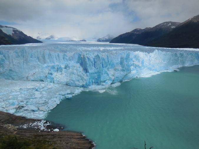 Glacier Perito Moreno in action 3