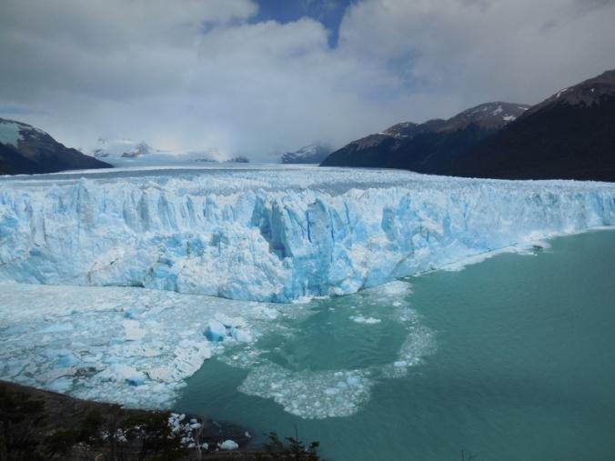 Glacier Perito Moreno in action 5