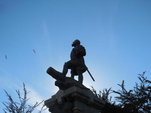 Magellan statue 2