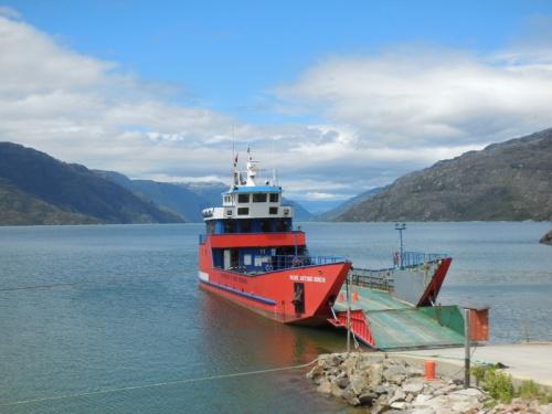 Puerto Yungay ferry 1