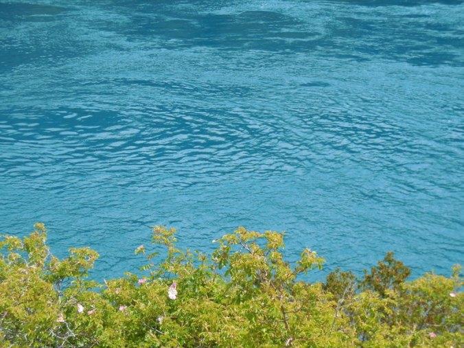 River leaving Lago General Carrera 3