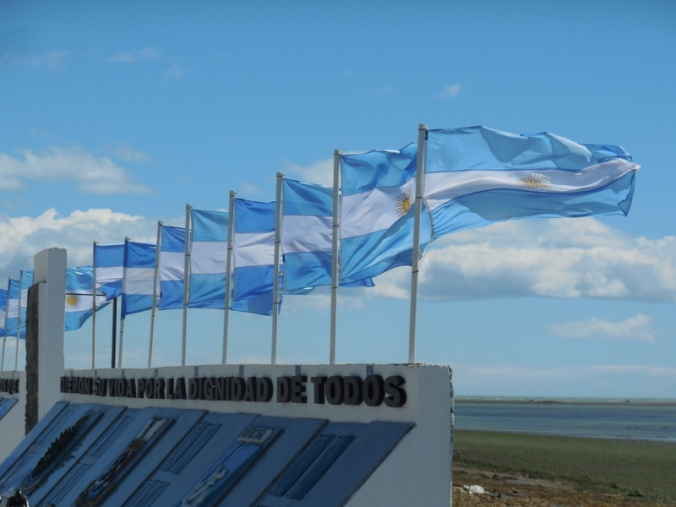 flags in the wind 2