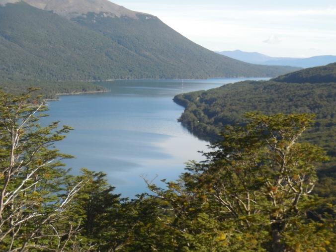 lago escondido from above 1