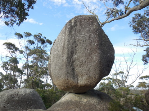 Granit Skywalk - balancing rock 5
