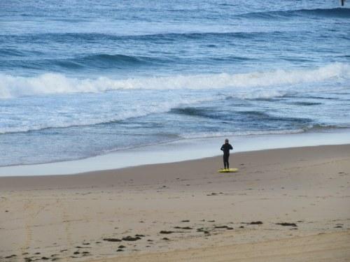 Newcastle surfer 1
